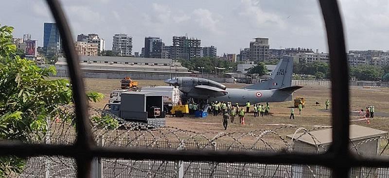 Ан-32 индийских ВВС выкатился в Индии