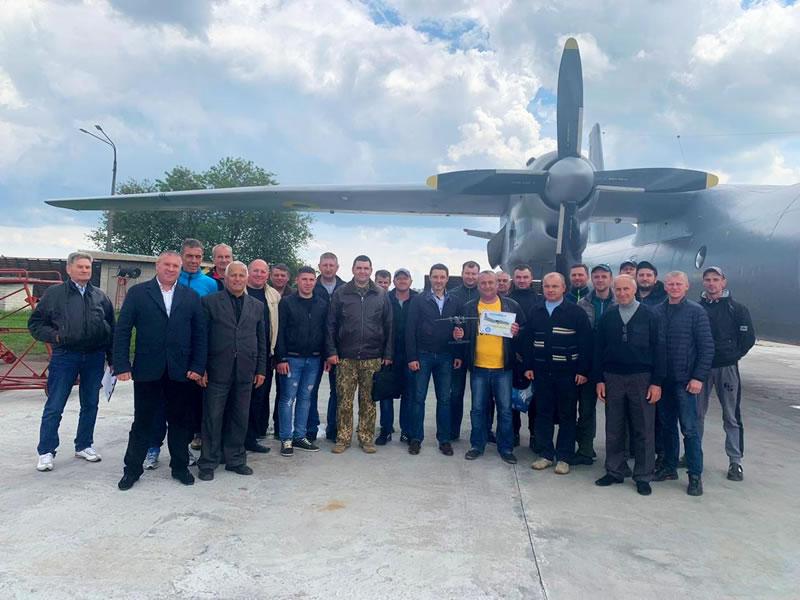 «ЗАВОД 410 ГА» передал Воздушным Силам Вооруженных Сил Украины самолет Ан-26 после …