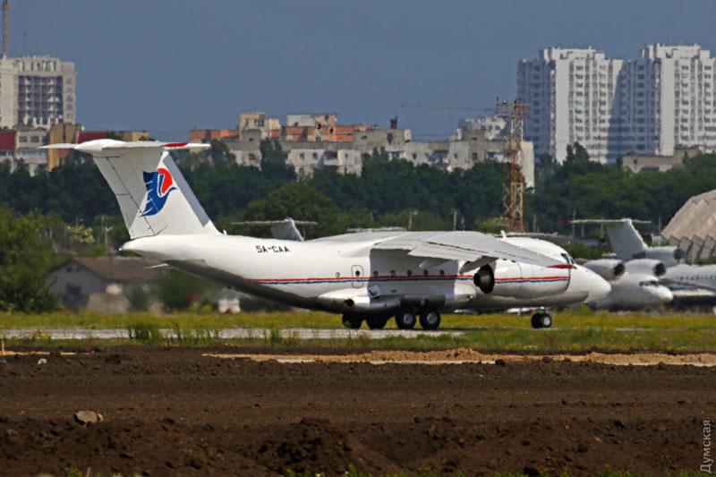 Самолет Каддафи улетел из Украины