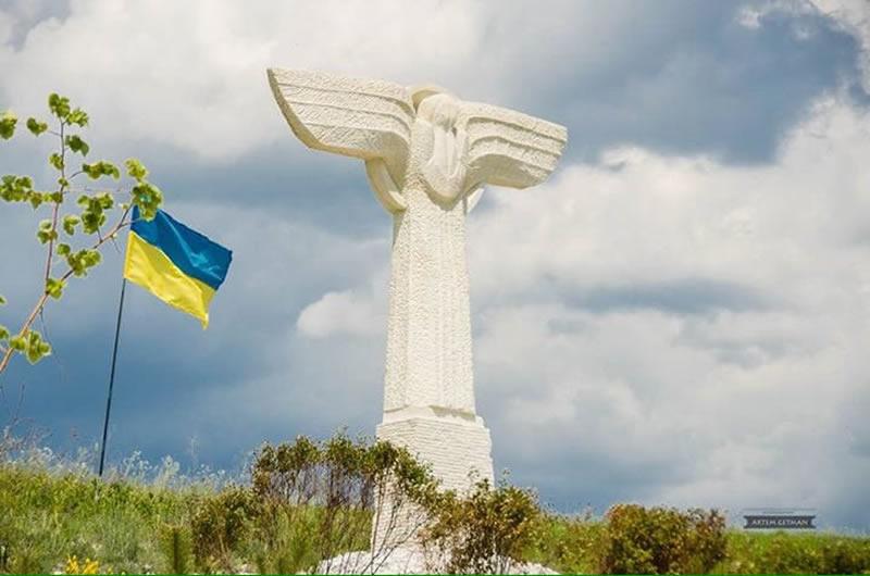 Под Славянском почтят память погибших летчиков