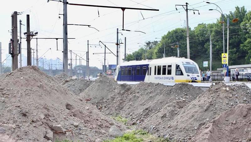 На Выдубичах начали строить платформу для остановки Kyiv Boryspil Express