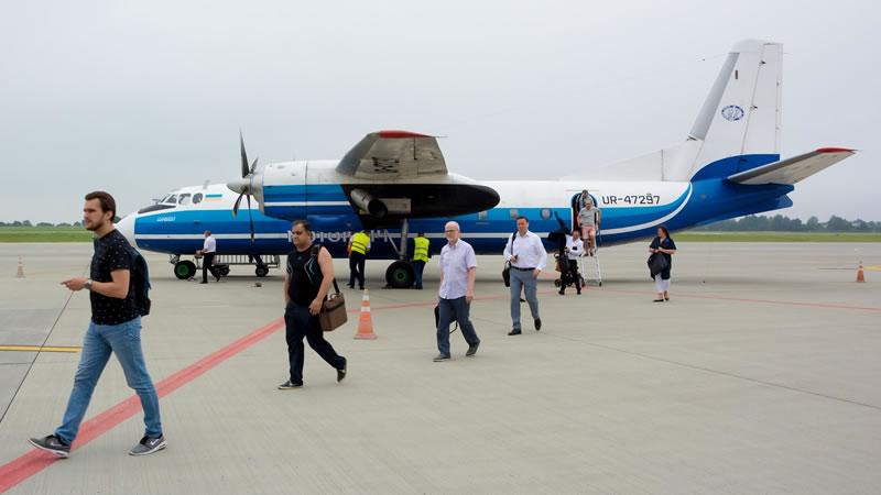 Старый терминал львовского аэропорта принял первый регулярный рейс