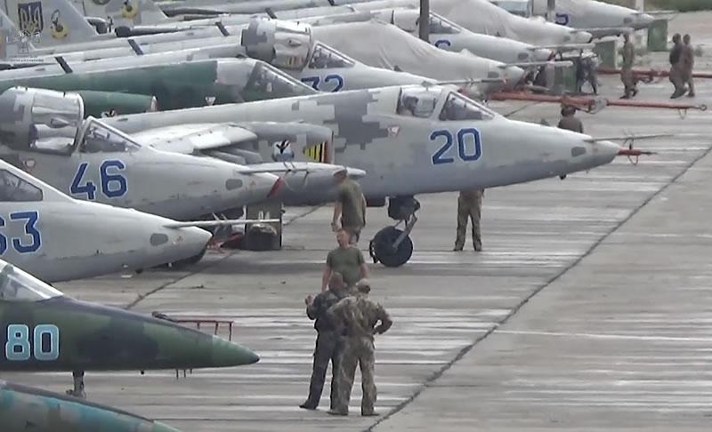 Первые самостоятельные на Су-25