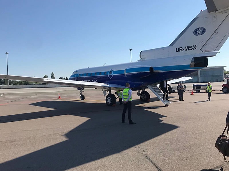 Директор ужгородского аэропорта жалуется на задержки с инструментальной посадкой