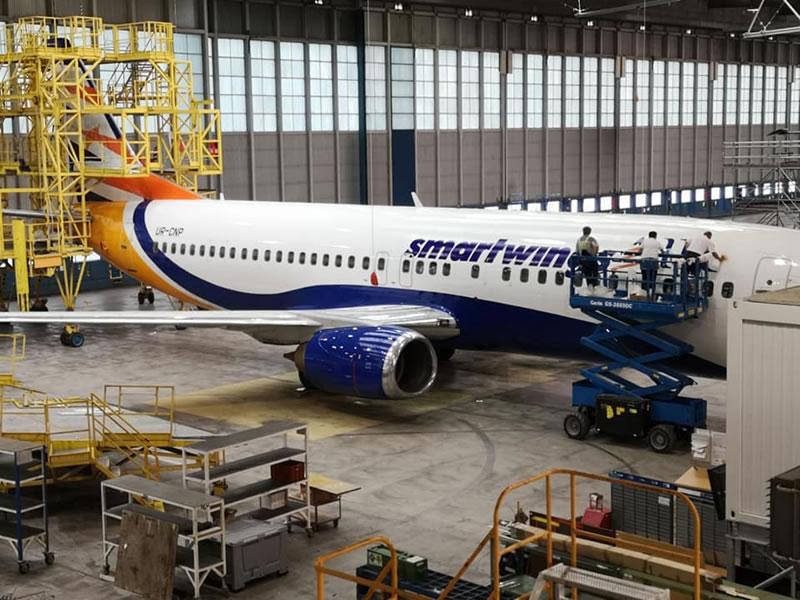 Борт Yanair не сможет поддержать чешскую авиакомпанию