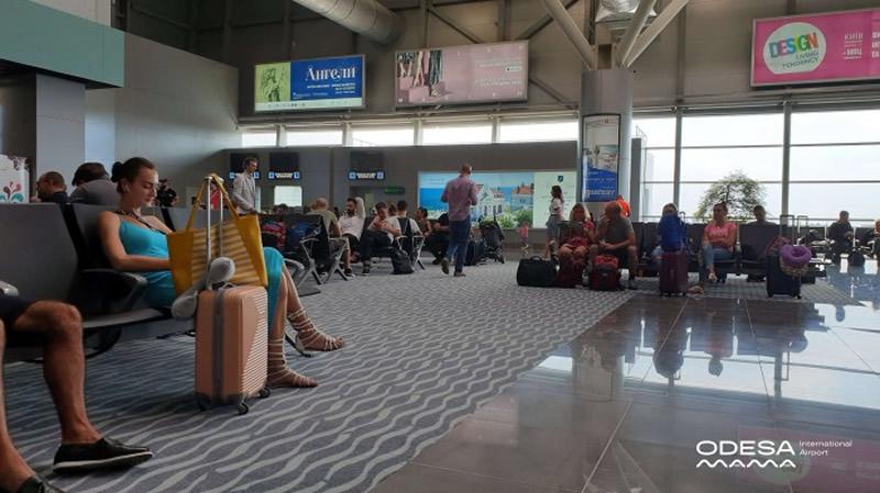 Одесский аэропорт завершил перевод внутренних рейсов в новый терминал