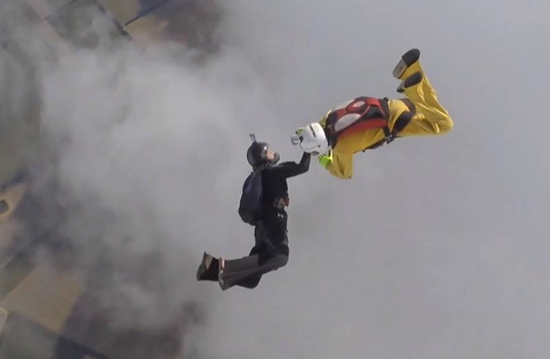 На Днепропетровщине прошли масштабные соревнования по парашютному спорту
