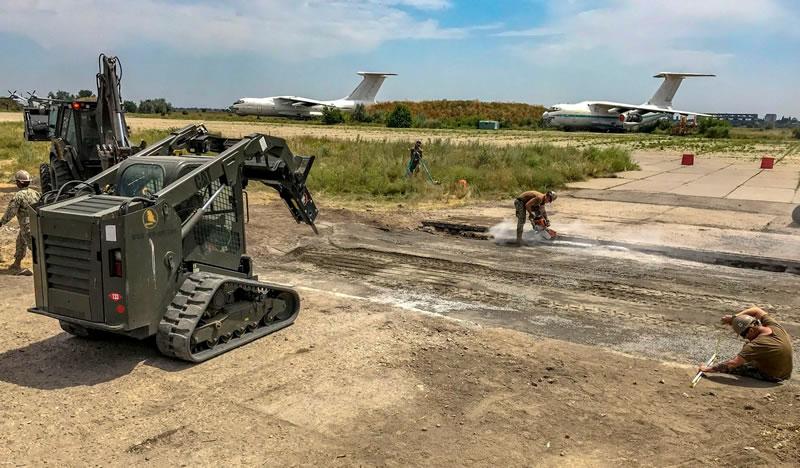 На учениях «Си Бриз-2019» учились «ремонтировать» взлетно-посадочную полосу