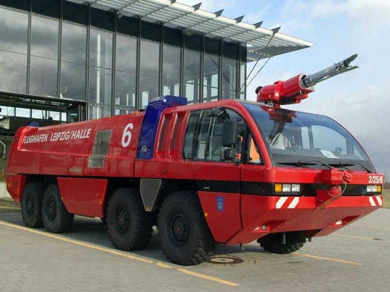 Николаевский аэропорт купит пожарную машину за 7,7 миллионов