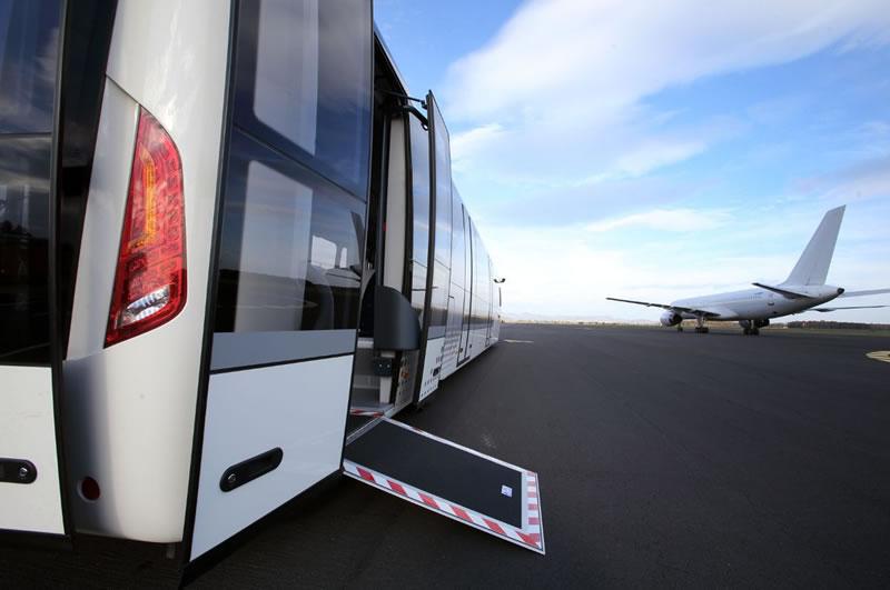 Аэропорт Одесса покупает три новых перронных автобуса