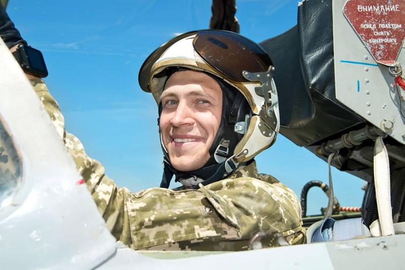 Третьекурсник Алексей Быченко отвел самолет от жилых районов