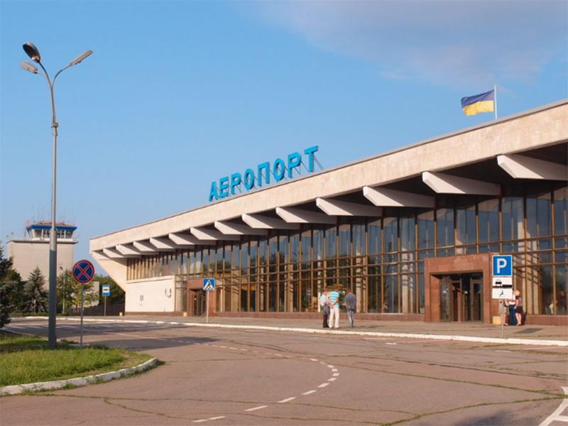 Херсонский аэропорт получит светосигнальную систему за 38 миллионов