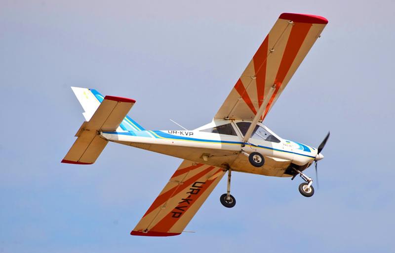 Вторая группа курсантов-летчиков приступила к самостоятельным полетам в Харьковском аэроклубе