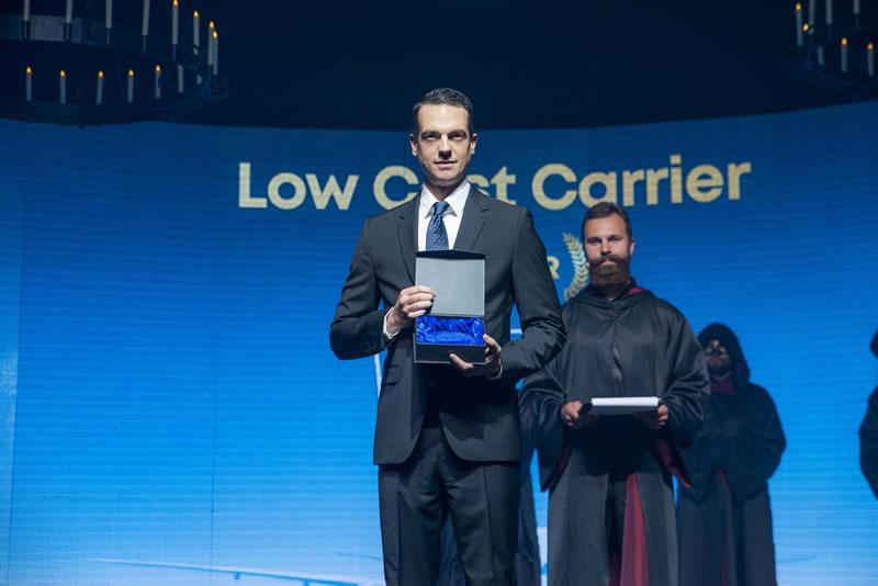 WIZZ AIR получила звание «Лучшего лоу-кост авиаперевозчика года» во время церемонии Aviation ...