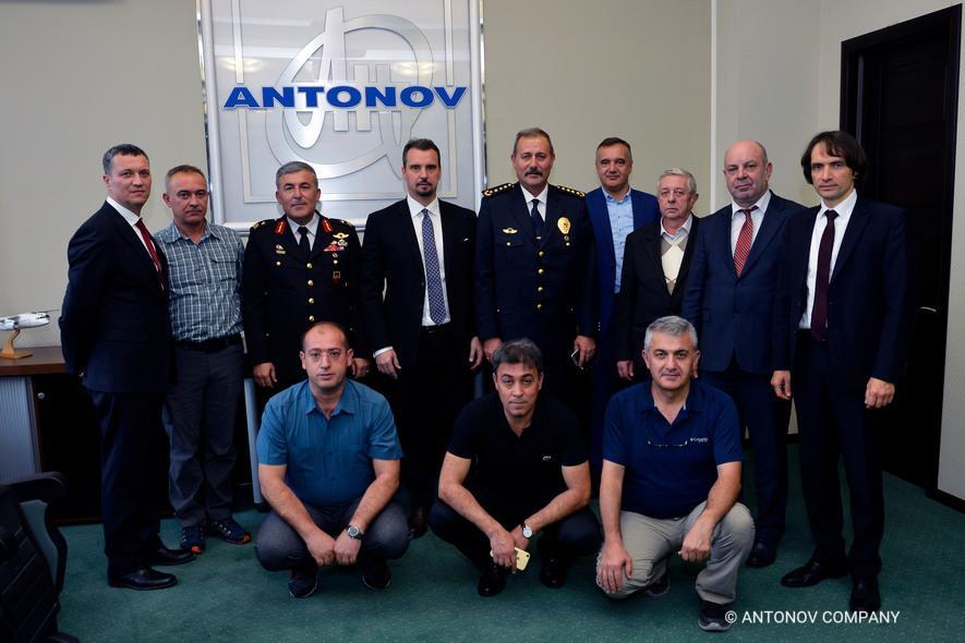 ГП «Антонов» посетила делегация из Турции