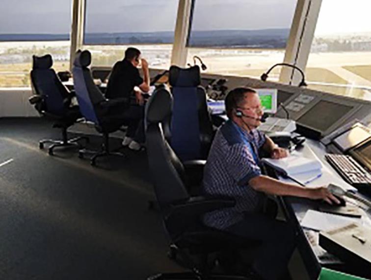 Ни одно авиационное шоу в стране не проходит без авиадиспетчеров Украэроруха