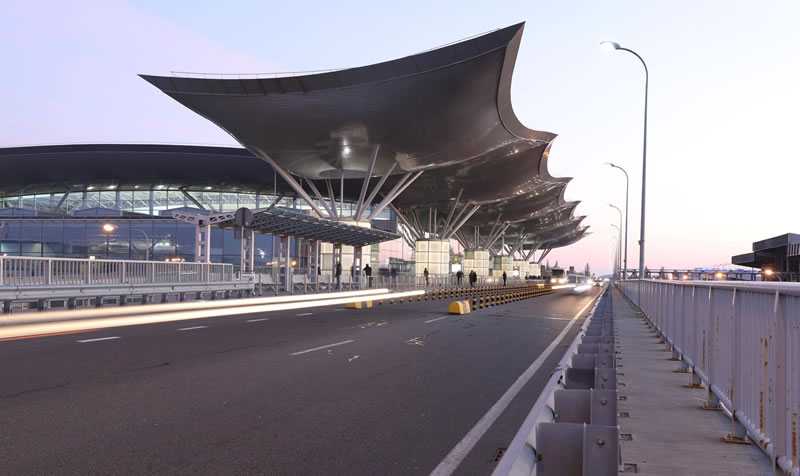 Аэропорт Борисполь возобновил работу после проверки ГСЧС