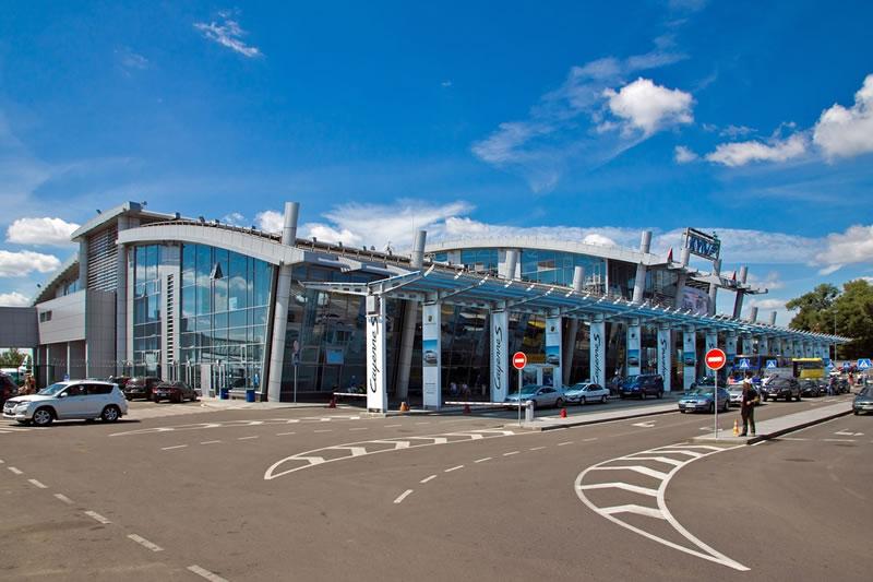 Аэропорт Киев продвигает услуги своей парковки