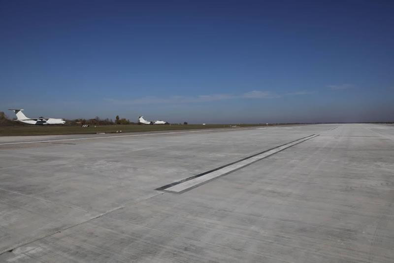 Мэр Запорожья анонсировал запуск новых авиарейсов
