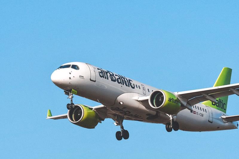 airBaltic в октябре нарастила пассажиропоток на 22%