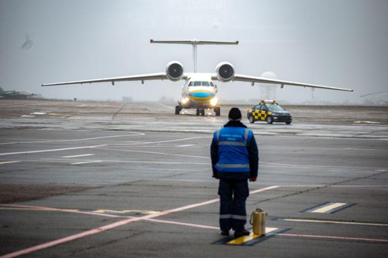 Проект аэропорта в Днепре презентовали Разумкову