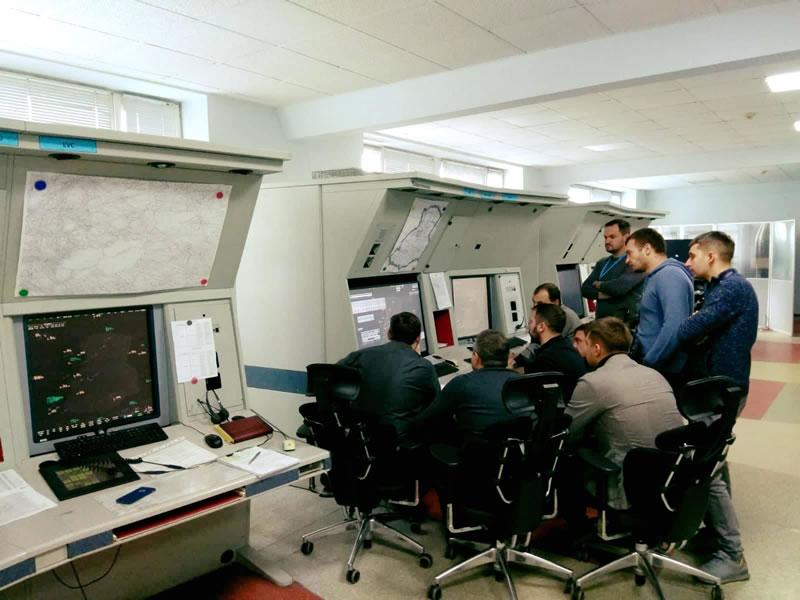 Львовские авиадиспетчеры получили новейший тренажер