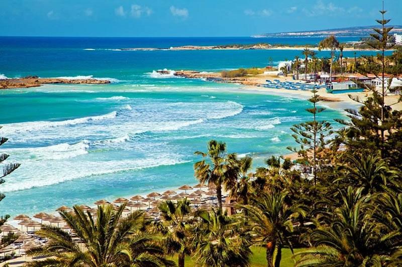 Кипр – райское место для влюбленных, но не только