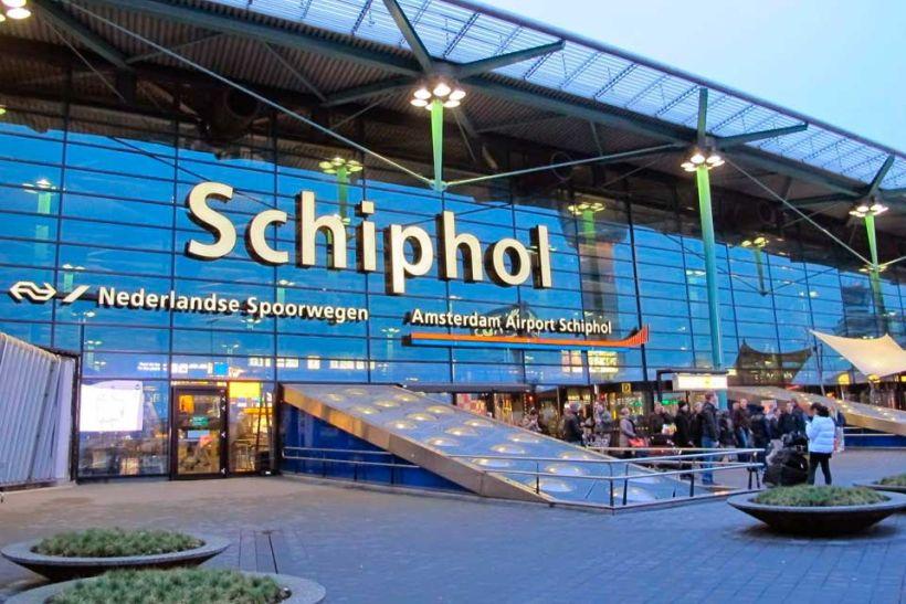 В аэропорту Скипхол задержали украинца