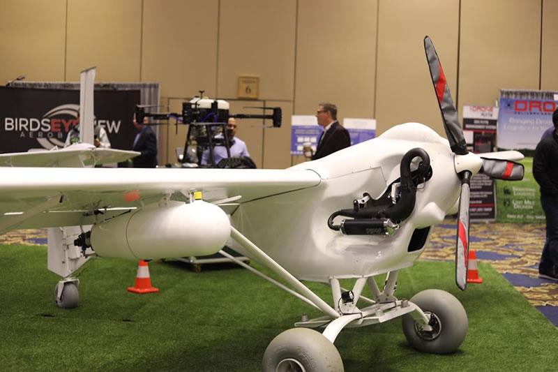 AeroDrone бросает вызов наземной технике