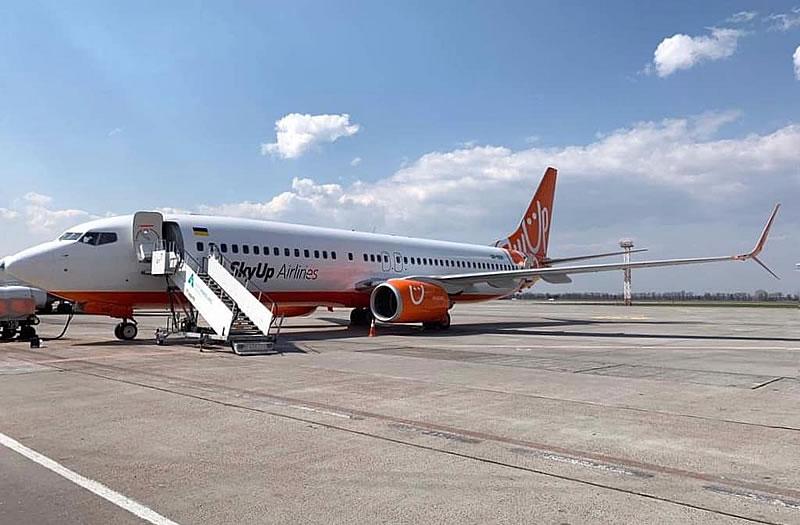 SkyUp Airlines перевезла больше 200 тысяч пассажиров в январе