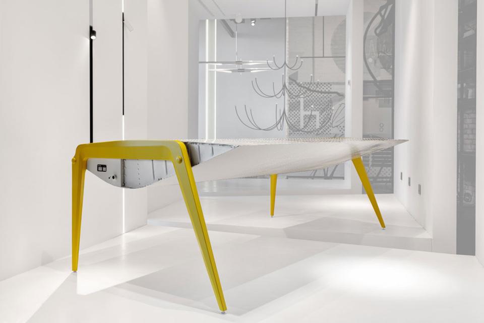 Как в Киеве делают мебель из деталей самолетов - история бренда А83