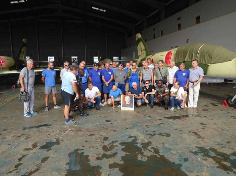 14 работников Одесского авиационного завода успешно вернулись из Уганды в Украину