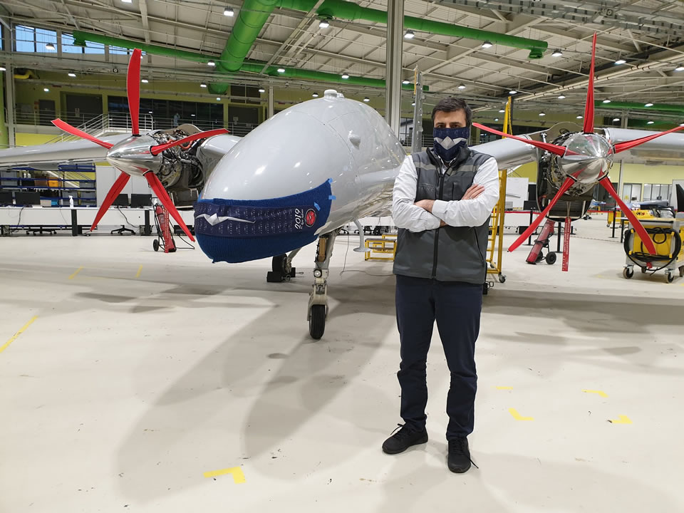 Второй прототип БПЛА Akinci надел маску