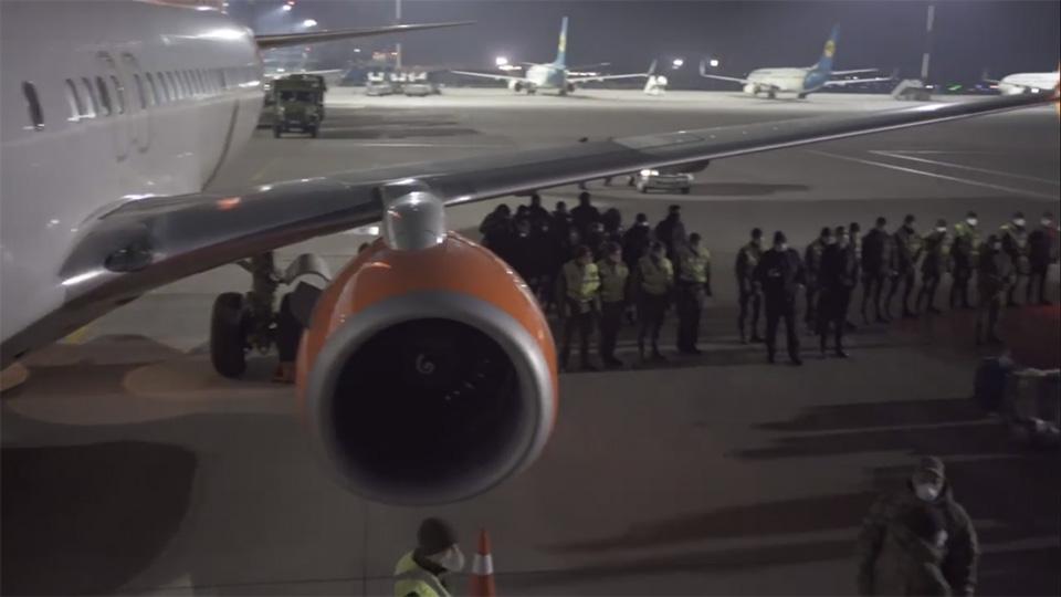 Аваков: МВД больше не даст согласия на чартерные авиарейсы