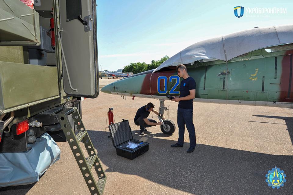 Одесский авиазавод разработал прототип современной лаборатории для диагностики авиатехники