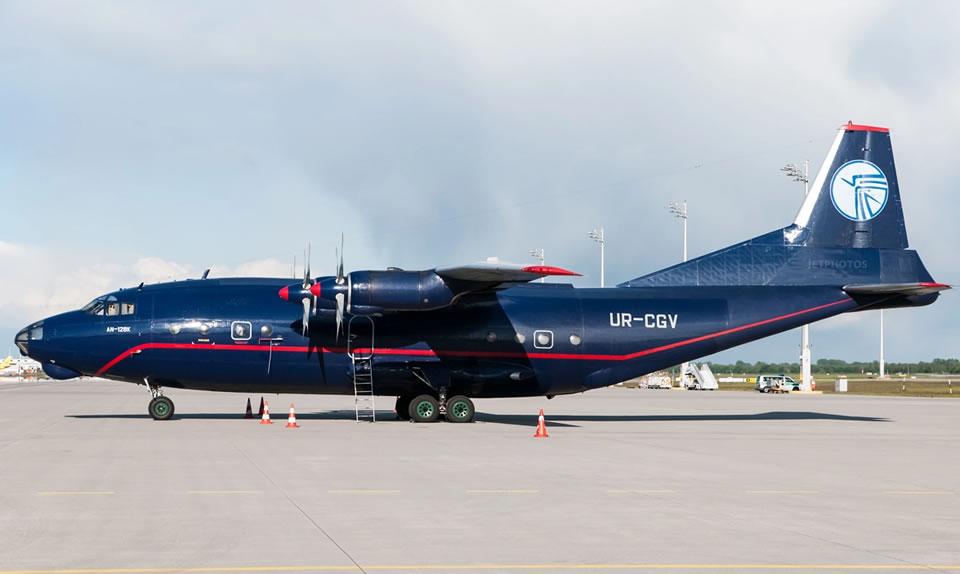 Ан-12 Ukraine Air Alliance отправился работать в Африку