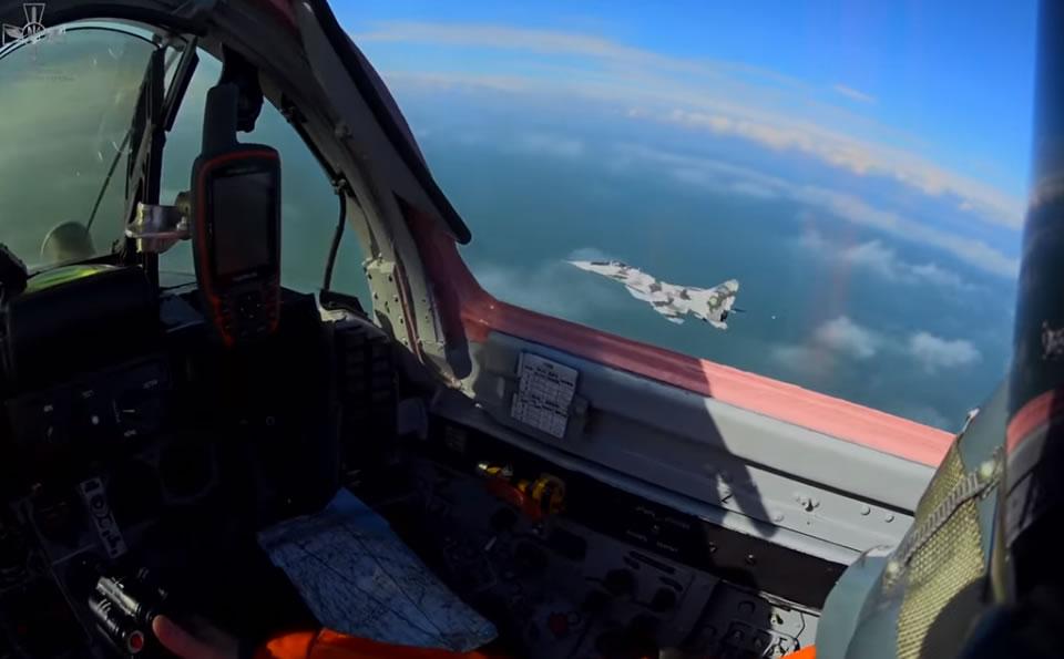 В воздушных бригадах проходит по 2-4 летных смены в неделю
