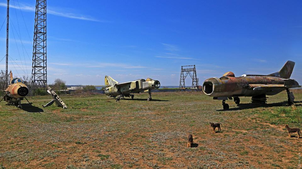 Летчики Гидропорта спасли от утилизации раритетные самолеты