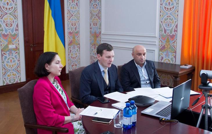 Украина будет защищать всеми средствами права семей жертв катастрофы рейса PS752