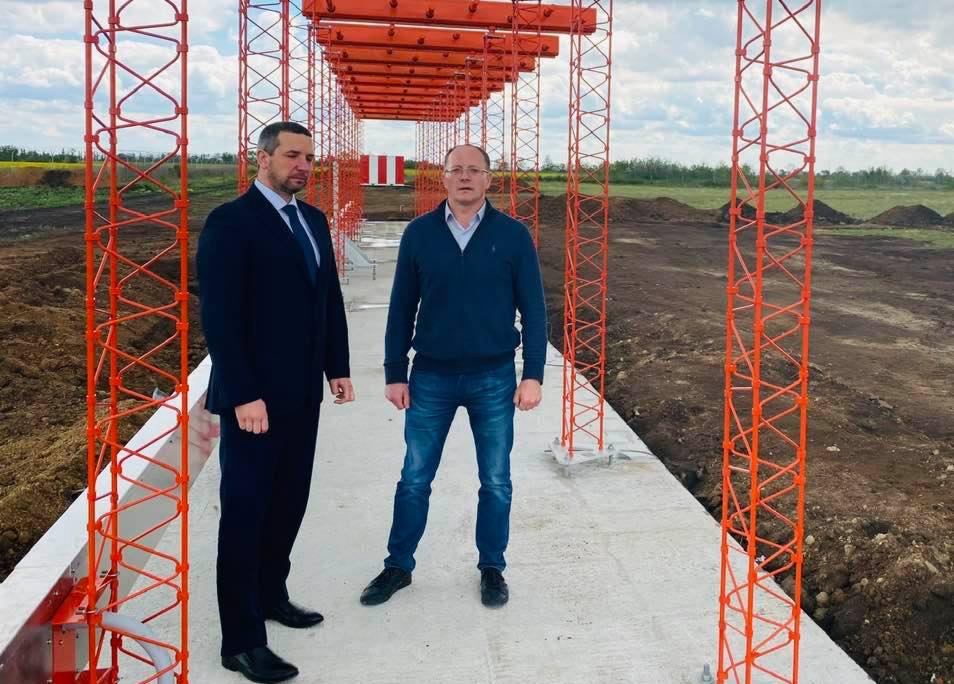 Глава ОГА пообещал аэропорту Николаев сотни принятых самолетов