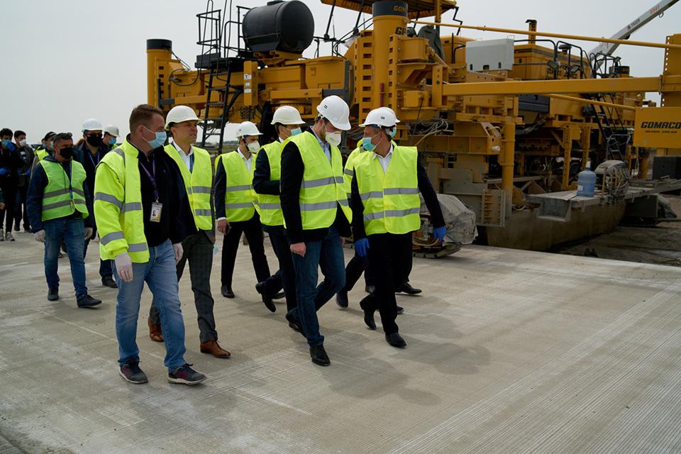 В июне реконструкция взлетной полосы аэропорта Одесса будет завершена