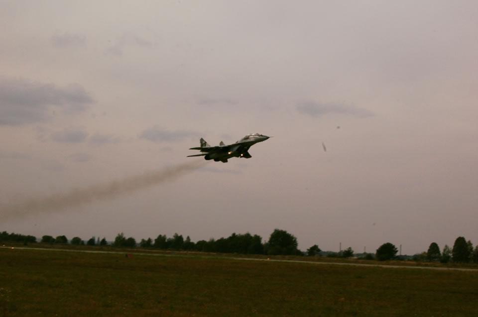 Интенсивные полеты в Севастопольской авиабригаде