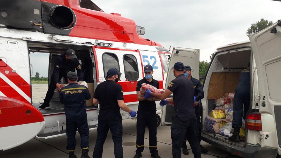 Вертолет ГСЧС H225 отвезет продукты в пострадавшие районы