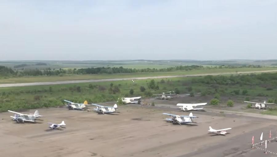 В Хмельницком начали обучать пилотов