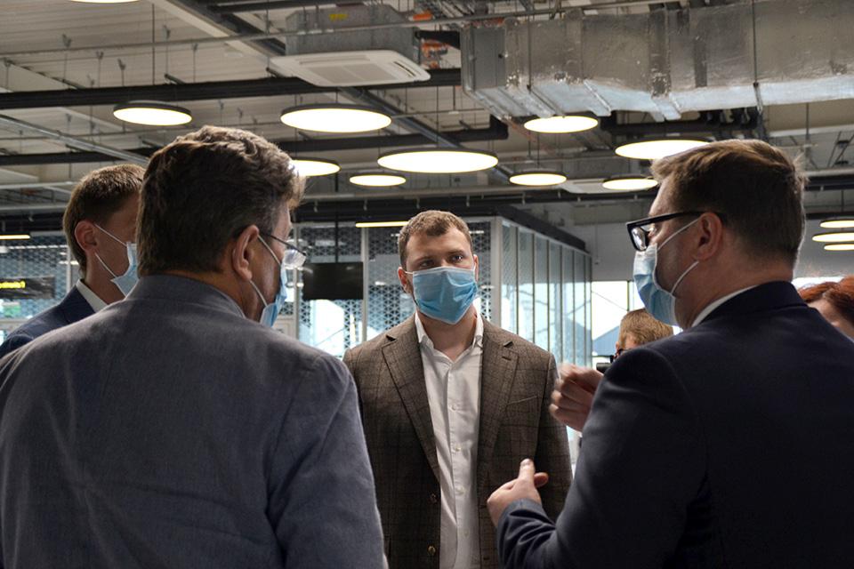 Криклий посетил аэропорт Запорожье