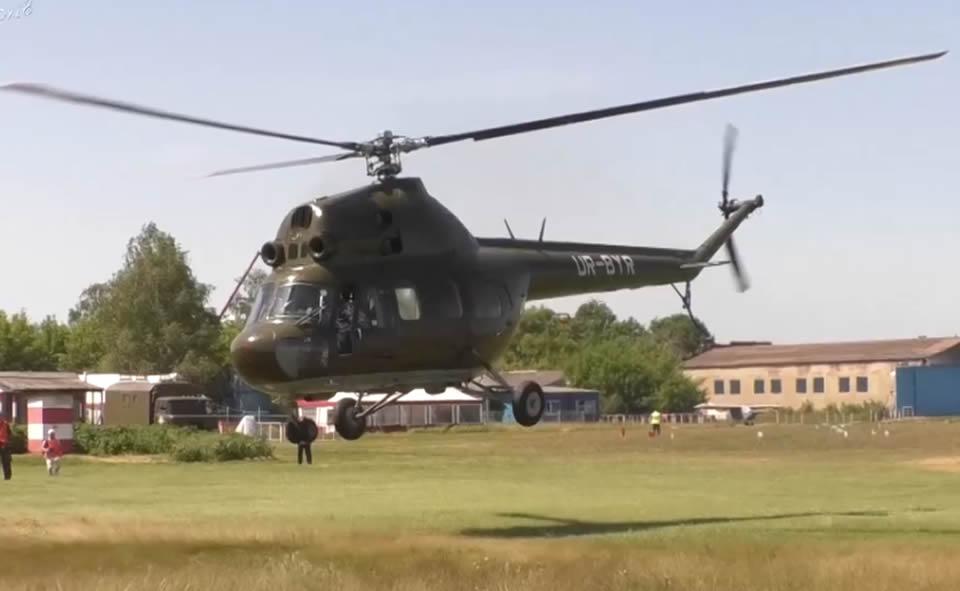 Курсанты-летчики Кременчугского летного колледжа летают в Коротиче