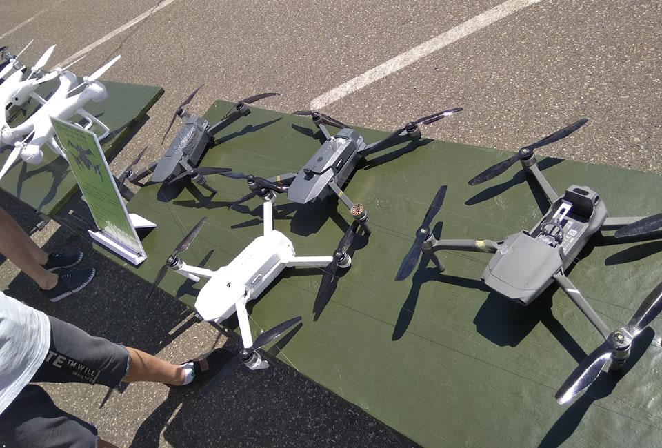 Террористы устроили выставку китайских беспилотников