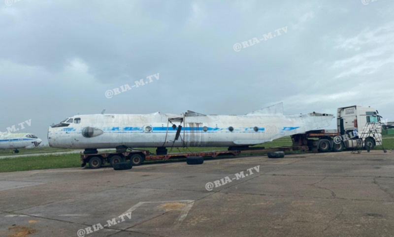 Мелитополь заплатит 23 000 гривен за хранение самолета-памятника