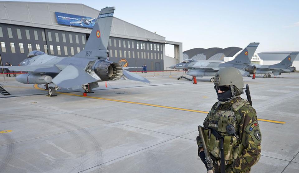 Бывший советский аэродром в Румынии может стать базой ВВС НАТО на Черном море - СМИ