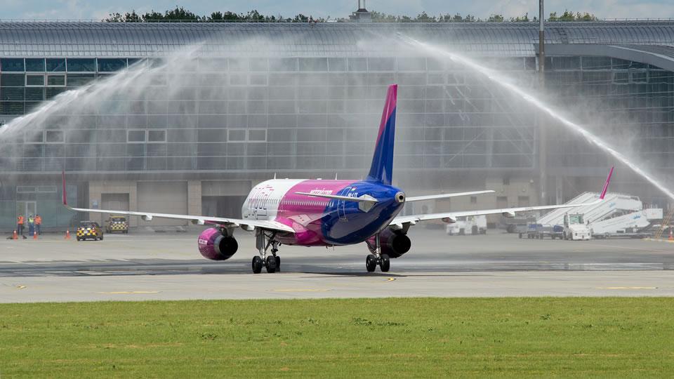 Wizz Air празднует открытие новой базы во Львове